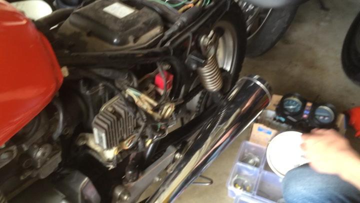 Fixing 1978 Honda Cb400a Always On Neutral Light